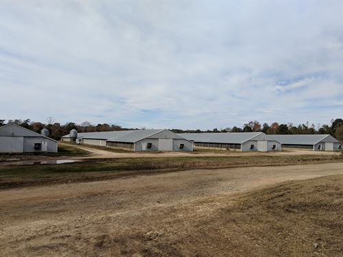 Wildfork Farm, 8 House Broiler Farm : Greenville : Butler County : Alabama