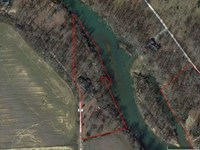 Residential Home on 2 Acre Lot : Poplar Bluff : Butler County : Missouri