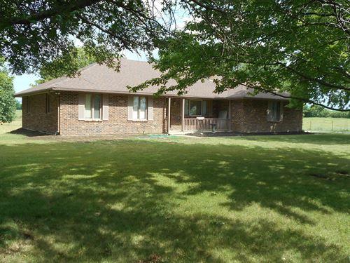 40 Pasture Ac & Brick Ranch Home : Cameron : Clinton County : Missouri