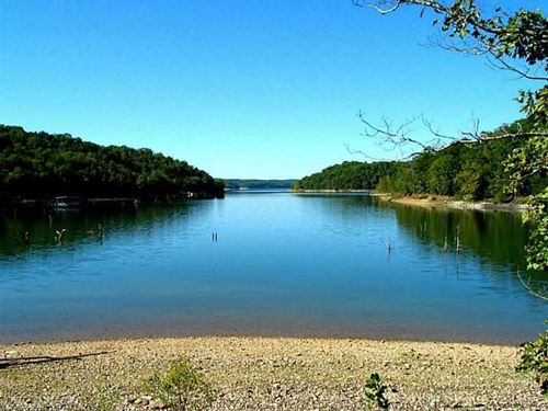 Lakefront Beaver Lake Property : Rogers : Benton County : Arkansas