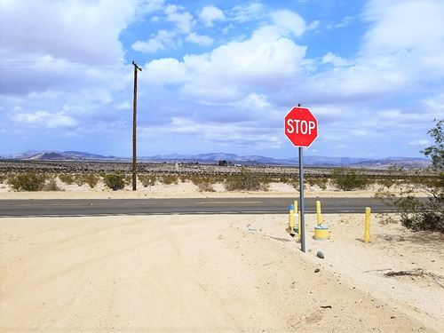 Awesome Parcel With Killer Views : Twentynine Palms : San Bernardino County : California