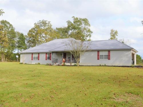 3 Bed, 2 Bath Home With Acreage For : Bogue Chitto : Lincoln County : Mississippi