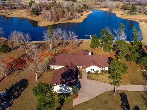 East Texas Country Home + Private : Mineola : Wood County : Texas