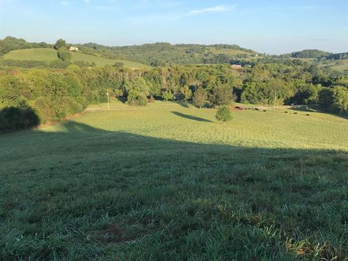 Beautiful Hiltop View : Shelbyville : Bedford County : Tennessee