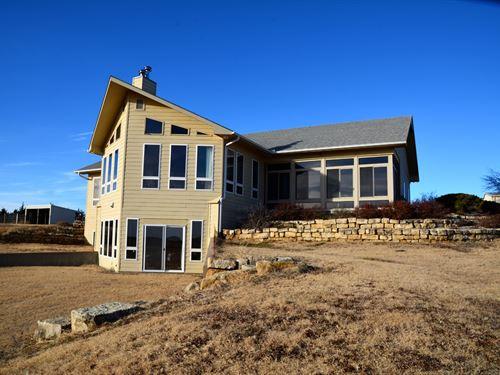 Flint Hills Farm & Ranch : Abilene : Dickinson County : Kansas