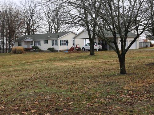 Farm & Home in Missouri Ozarks : West Plains : Howell County : Missouri