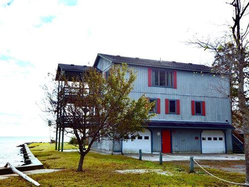 Waterfront 3 Story Home : Shiloh : Camden County : North Carolina