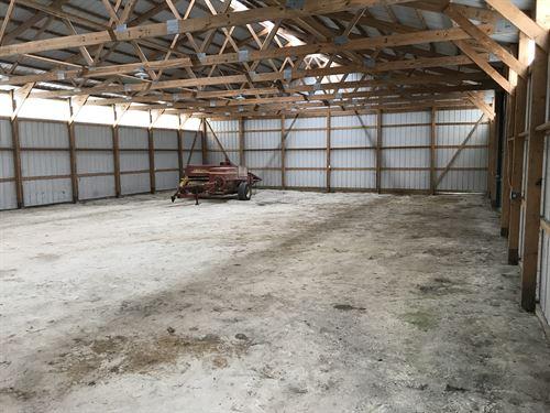 Organic Minifarm With Farmstead : Fountain Green : Hancock County : Illinois