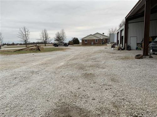 9 Acres With Home in Barton CO : Lamar : Barton County : Missouri
