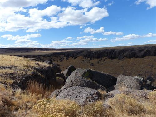 Recreational Acreage, Jackass Creek : Frenchglen : Harney County : Oregon