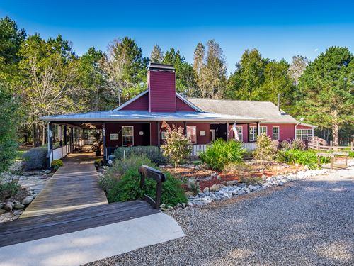 Custom Home, Barn, & Guest House : Good Hope : Walton County : Georgia