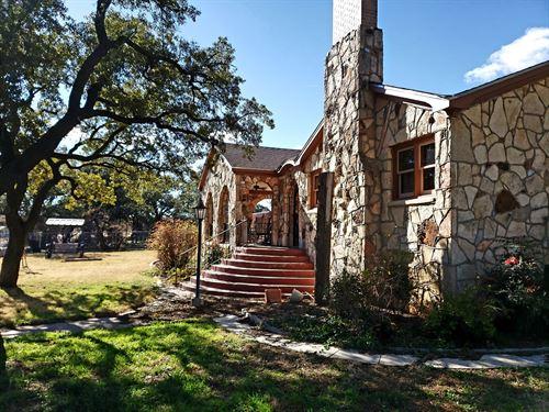 Large Stone Home Windmill Tank : Mertzon : Irion County : Texas