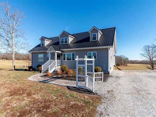 Beautifully Constructed 4/4 Home : Summersville : Texas County : Missouri