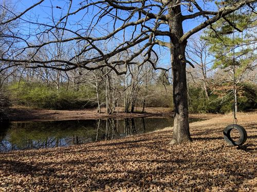 Beautiful 4.6 Acres, Pond : Centerville : Hickman County : Tennessee