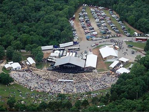 Black Oak Mountain Amphitheater in : Lampe : Stone County : Missouri