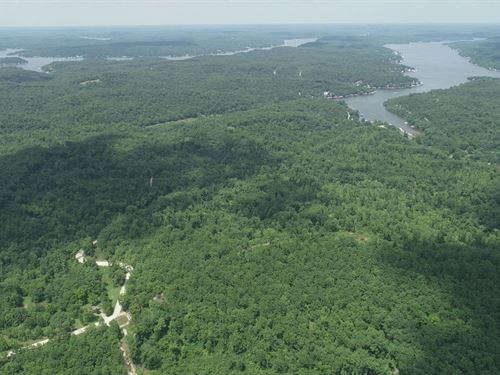 102 Acres At Lake Of The Ozarks : Camdenton : Camden County : Missouri