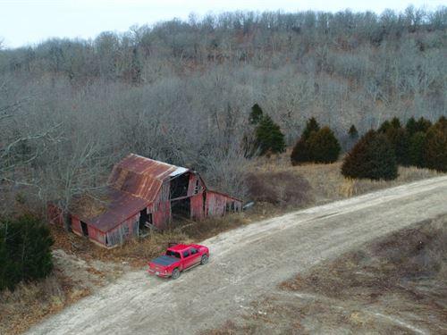 13 Acres With Barn : Ava : Douglas County : Missouri