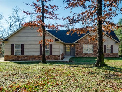 1.45 Acres, Custom Home : Jamestown : Fentress County : Tennessee