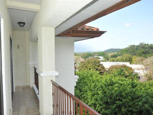 3 Bedroom Apartment Rent Embassy : Clayton : Panama