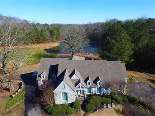 Custom Home And 35 Acres Near Musc : Muscle Shoals : Colbert County : Alabama