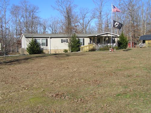 Home, 6 Buildings, 3 Acres : Dunlap : Sequatchie County : Tennessee