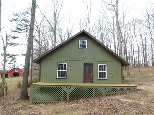 Private Cabin TN Pond, Barn : Clifton : Hardin County : Tennessee