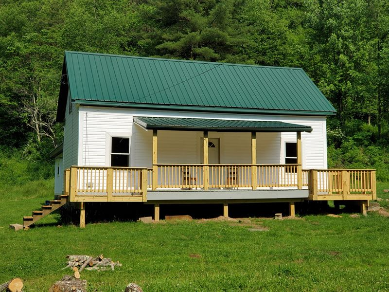 126 Acres With Farmhouse Retreat : Alma : Tyler County : West Virginia