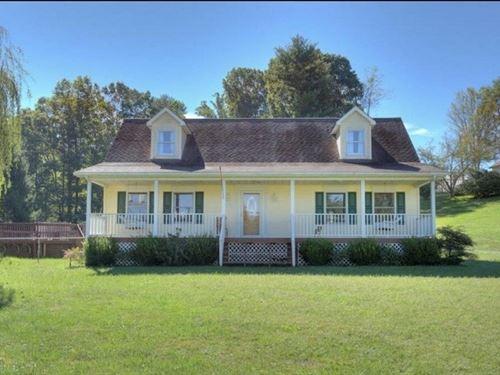 Stunning Home For Sale in Floyd VA : Floyd : Virginia