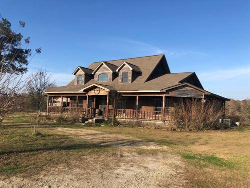 Large Beautiful Home 23.4 Acres : Black : Geneva County : Alabama