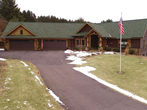 Extravagant Log Home Prime Hunting : Oxford : Adams County : Wisconsin