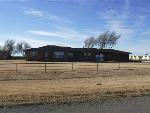 1.15 Acre Mol, Country Home : Hinton : Caddo County : Oklahoma