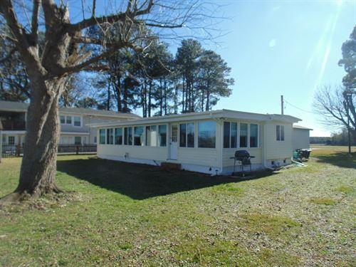 Riverfront Retreat Cofield, North : Cofield : Hertford County : North Carolina