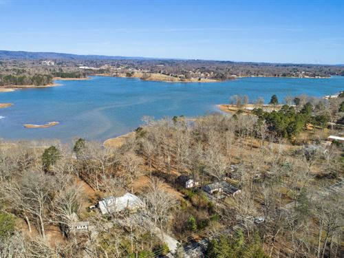 .55+/- Acres On Chickamauga Lake : Hixson : Hamilton County : Tennessee