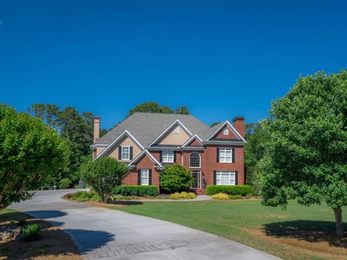 Stunning Home On 5 Acres, Pool : Social Circle : Newton County : Georgia
