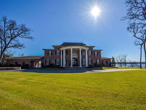 Luxury Home Eagle's Bluff Golf : Bullard : Cherokee County : Texas
