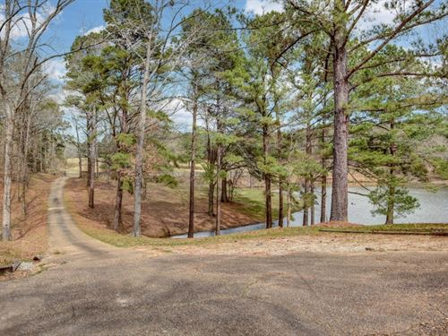 215 Acres With A Lodge In Hinds Cou : Edwards : Hinds County : Mississippi