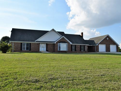 Beautiful Brick Home Plus 170 Acres : Morrison : Coffee County : Tennessee