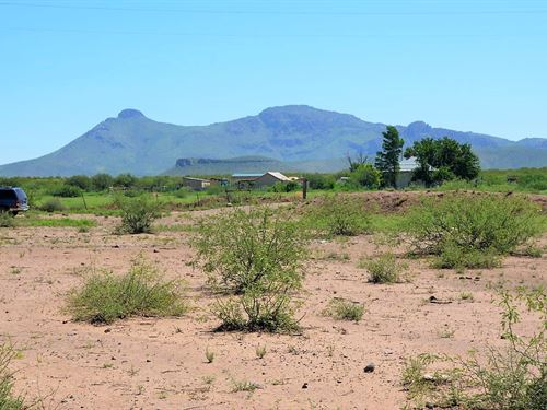 Fantastic Parcel With Killer Views : Douglas : Cochise County : Arizona