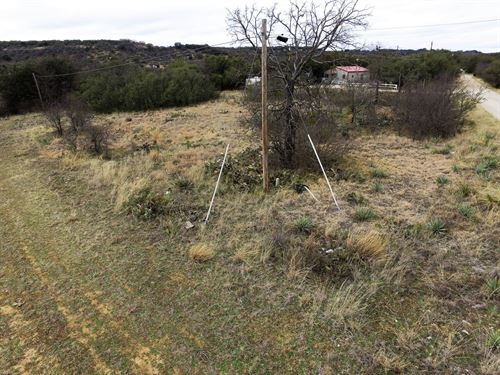 Waterfront Property Waiting You : Brownwood : Brown County : Texas
