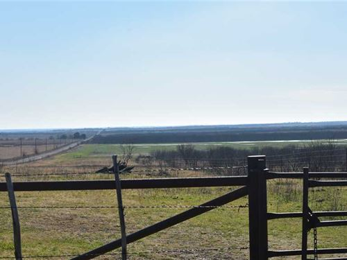 Price Dropped, 253 Acres of Outsta : Henrietta : Clay County : Texas