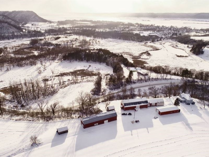 Fabled Farmstead & Hunting Land : Stoddard : Vernon County : Wisconsin