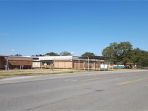 Auction, Property 1230 : West Orange : Orange County : Texas