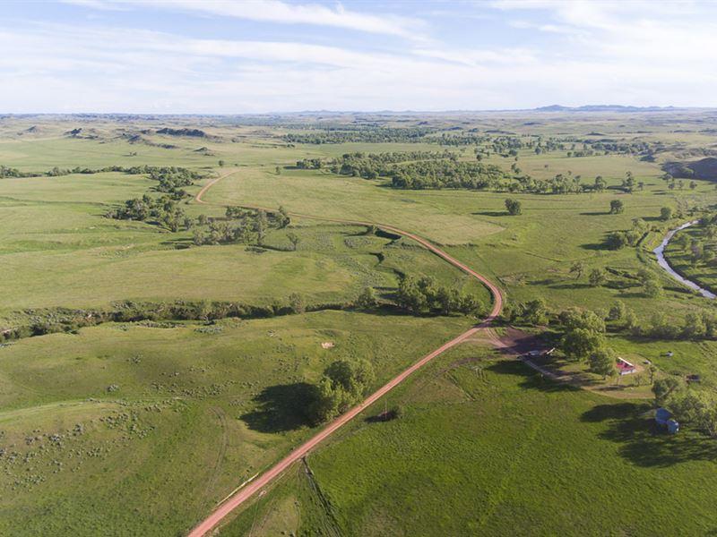 Horse Creek Ranch : Boadus : Powder River County : Montana