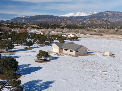 3672688-Very Close To Town, But Ha : Buena Vista : Fremont County : Colorado