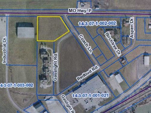 Commercial, Multifamily OR Develop : Vandalia : Audrain County : Missouri