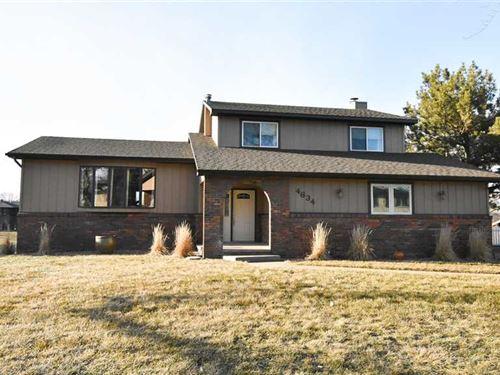 Beautiful Lakefront Home 4634 Par : Kearney : Buffalo County : Nebraska