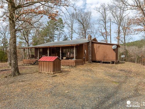 Cabin Wolf Pen Gap Shady, Arkansas : Mena : Polk County : Arkansas