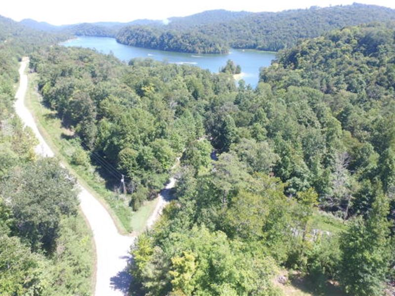 3.3 Acre Lot With Norris Lake Views : New Tazewell : Claiborne County : Tennessee