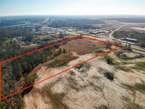2020 Dothan Road : Bainbridge : Decatur County : Georgia