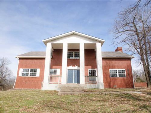 Renovated Residential Colonial Est : Anderson : McDonald County : Missouri